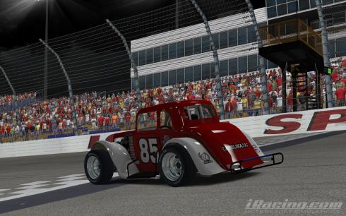 Roe wins both races