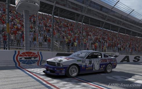 Spidle Wins Race 10